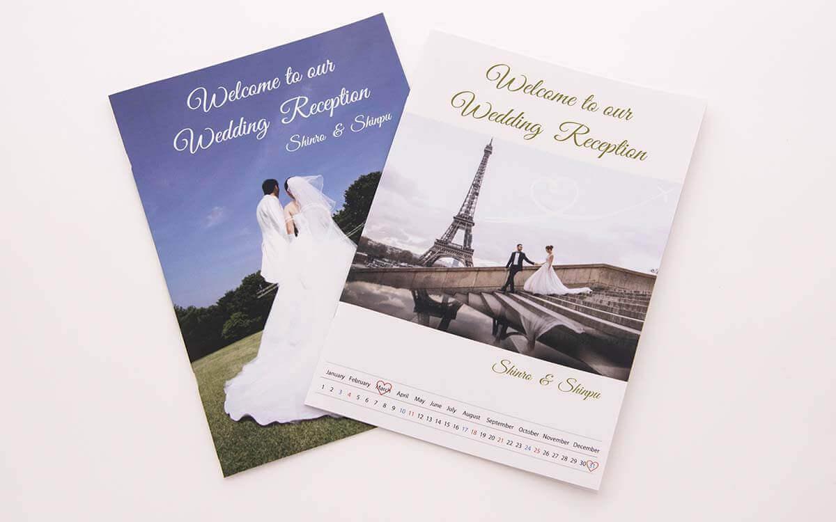 旅行パンフレット風のプロフィールブック